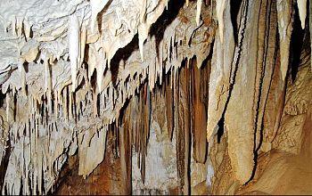 Samonas Cave