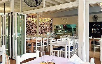 Fish Tavern Tonis