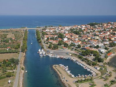 What to see in Kassandra during 1 day. Sights of Kassandra
