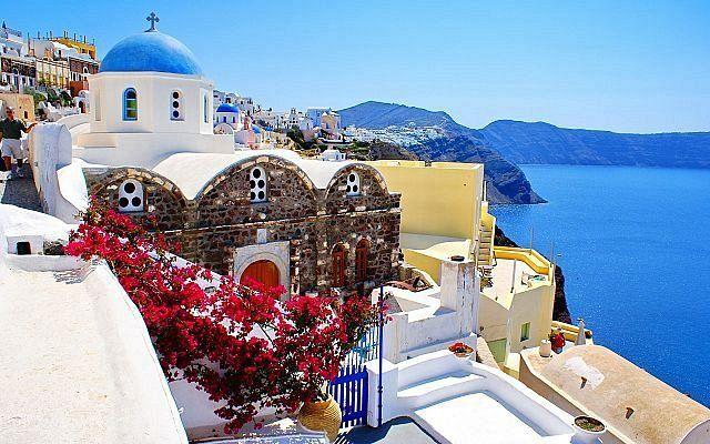 Когда снимут запрет на въезд в Грецию из-за коронавируса