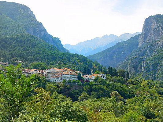 Куда съездить из Салоников на один день общественным транспортом