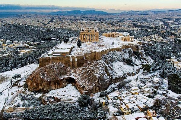 Зимняя Греция: куда поехать в январе?